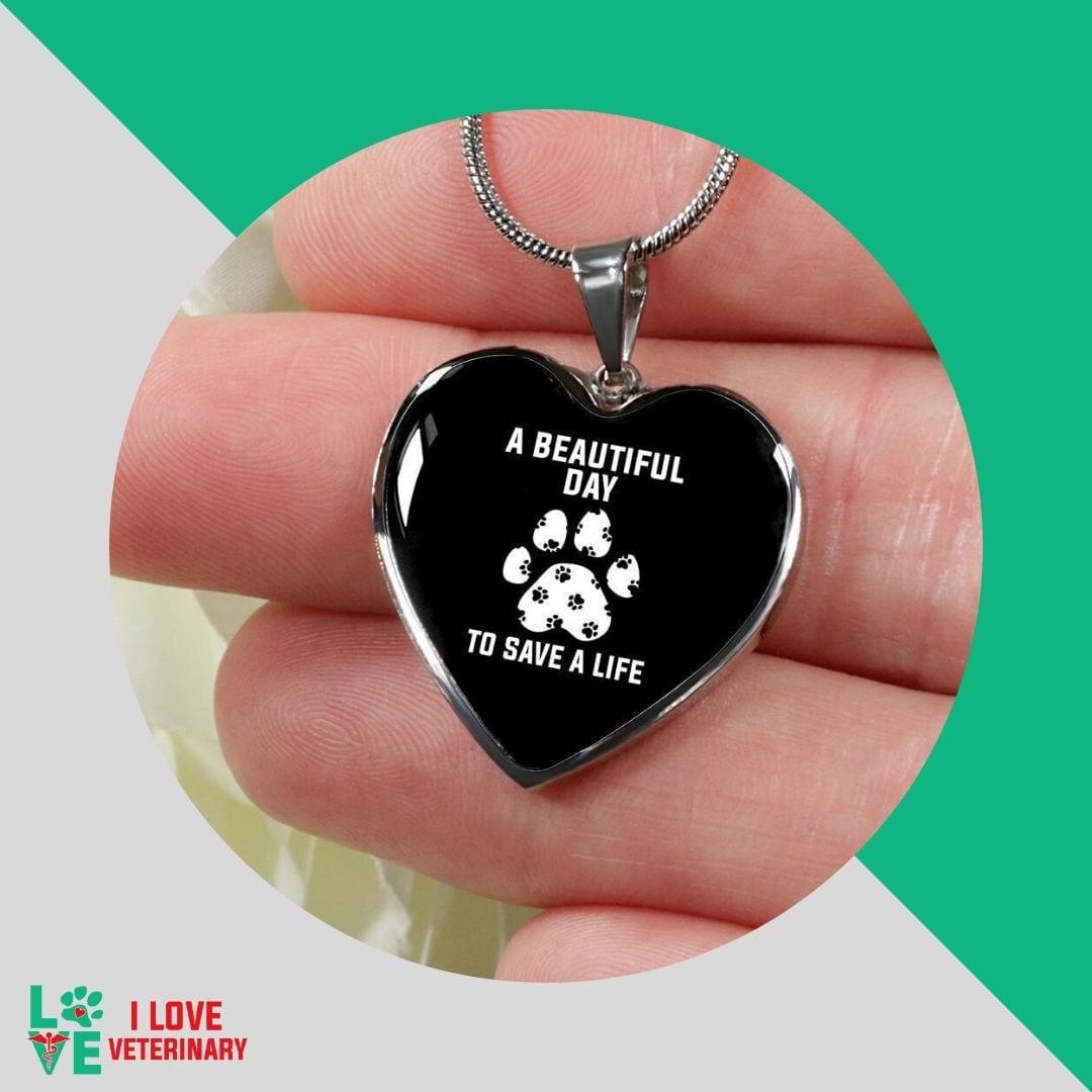 vet tech necklace by I Love Veterinary