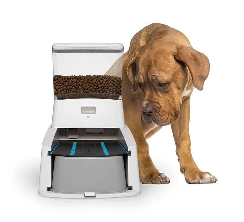 WAGZ SERVE SMART FEEDER - AUTOMATIC SMART PET & DOG FEEDER