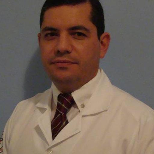 Veterinarian Jean Joaquim