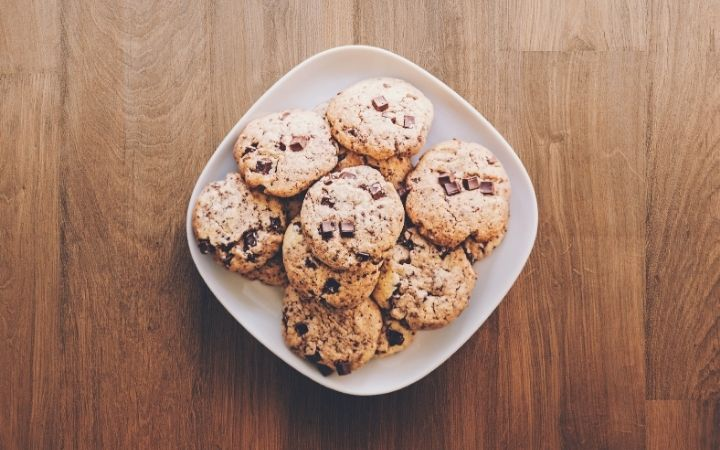 Cookies on the plate - I Love Veterinary